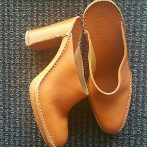 Tod's Shoes - Orange Mules